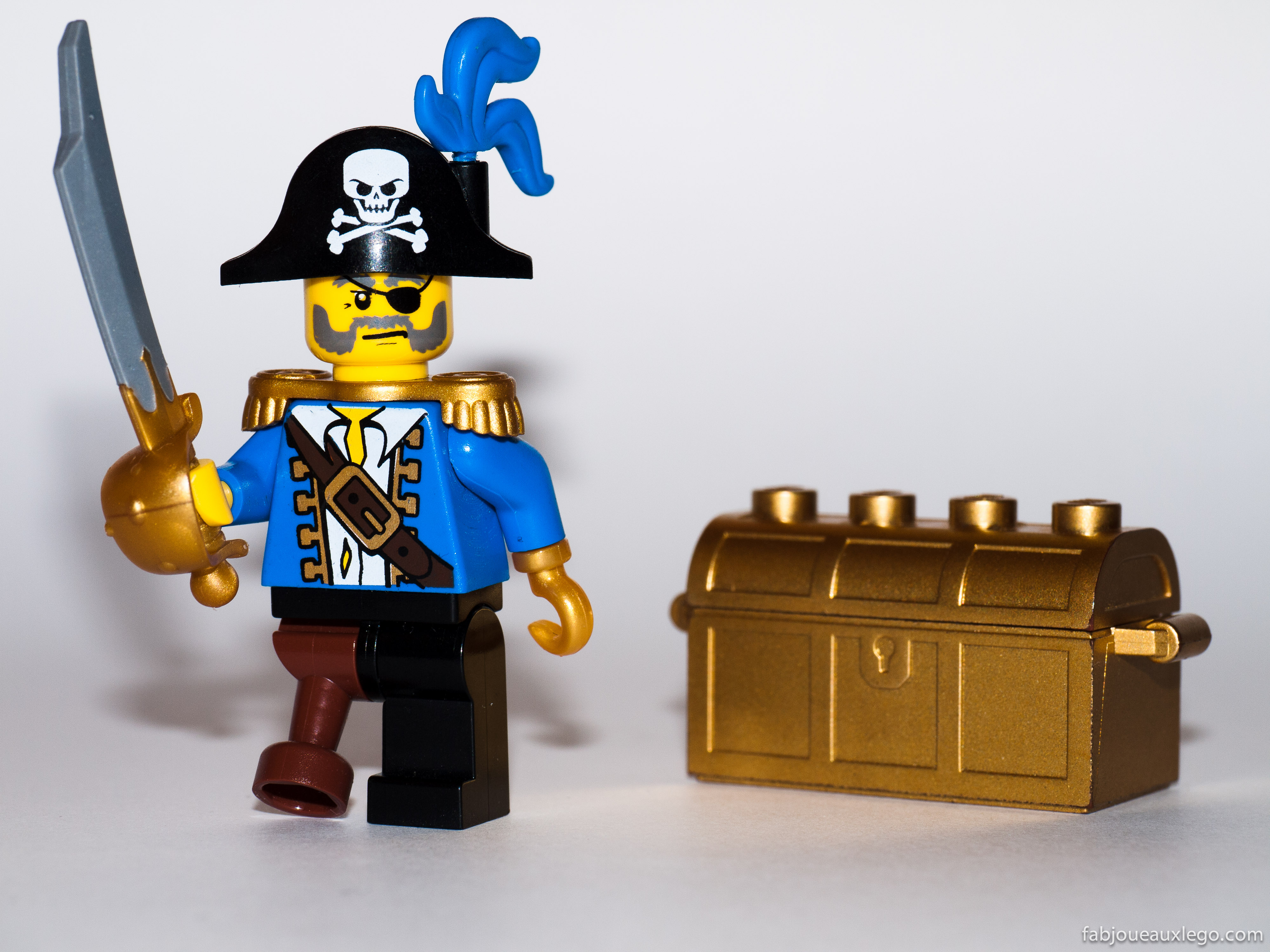 Toy Pirate Lego : Lego unveils minifigure in wheelchair after toylikeme