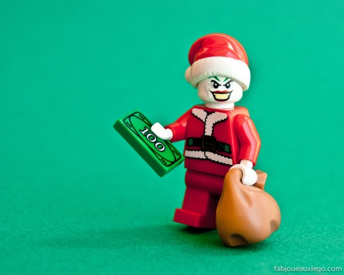 lego-joker-santa-minifig-batman