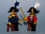 Lego-Minifigures-Series-8-Red-Pirate-Captain
