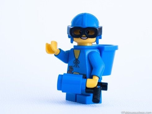 Lego-Minifigure-Monochrome-Photo-Bleu