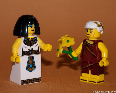 Lego-Minifig-Serie-9-Cesar-Caesar-Cleopatra