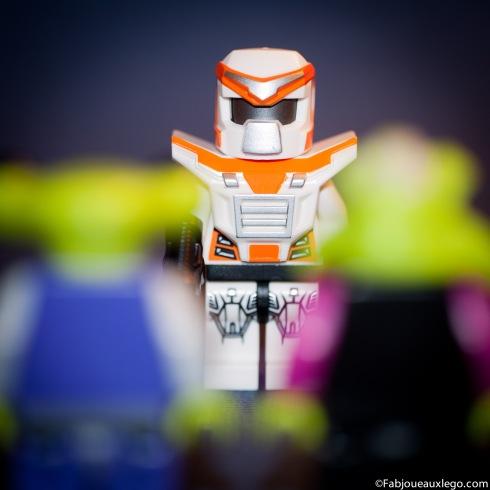 Lego-Minifigure-Series-9-Battle-Mec-Aliens