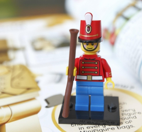 Lego-Minifigures-Character-Encyclopedia-Toy-Soldier-Minifig