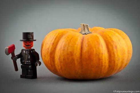 Lego-Halloween-Minifig-Pumpkin