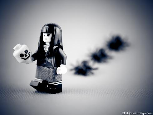 Lego-Minifig-Serie-12-Mercredi-Famille-Adams