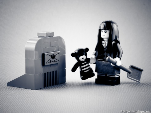 Lego-Minifigure-Serie-12-Mercredi-Famille-Adams